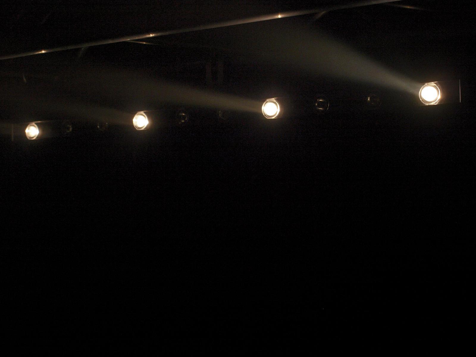 EUROLITE LED STP-10 3200K 10x3W Bar 6°