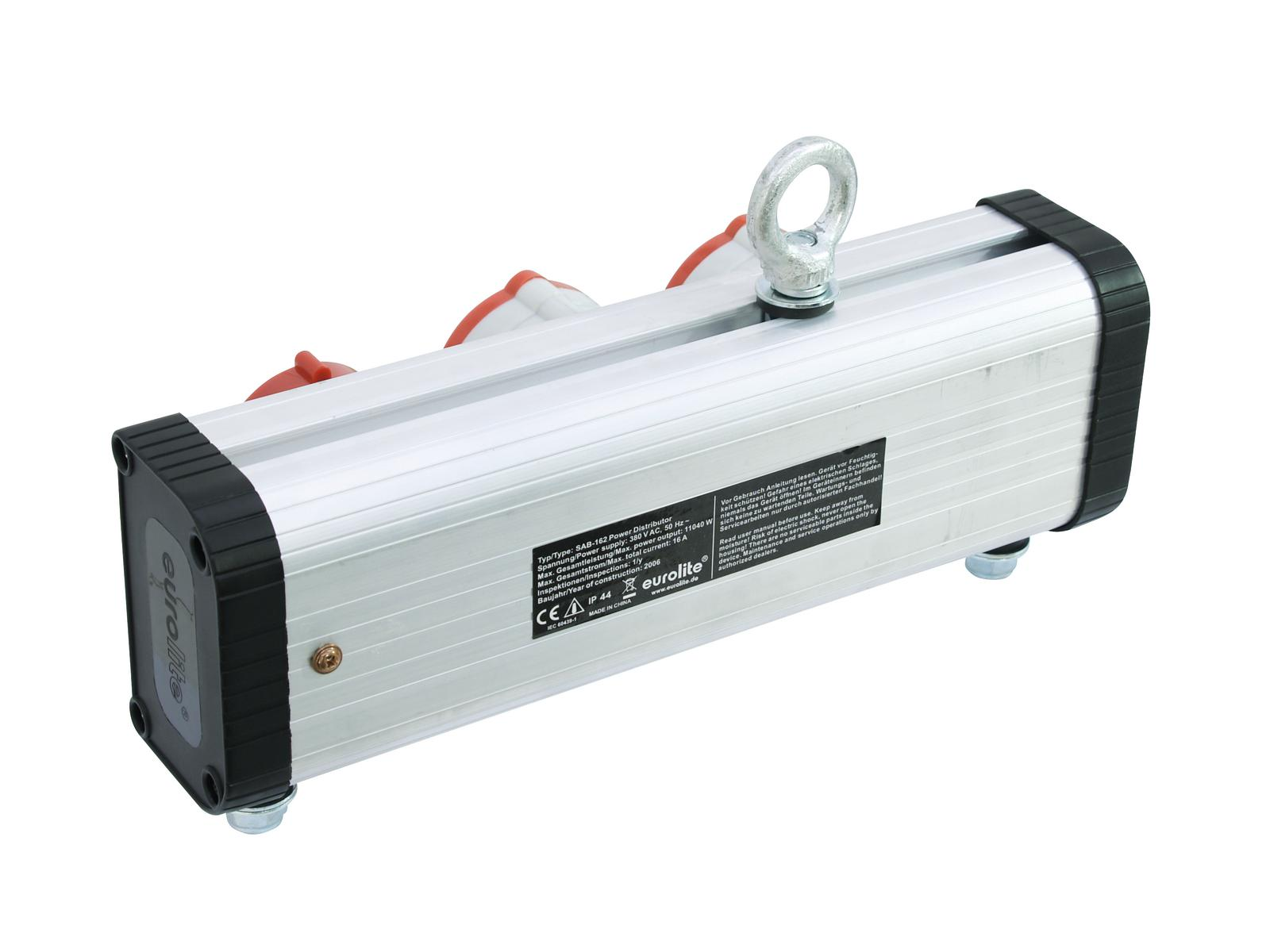 The power adapter is recessed CEE 32 A for truss American EUROLITE