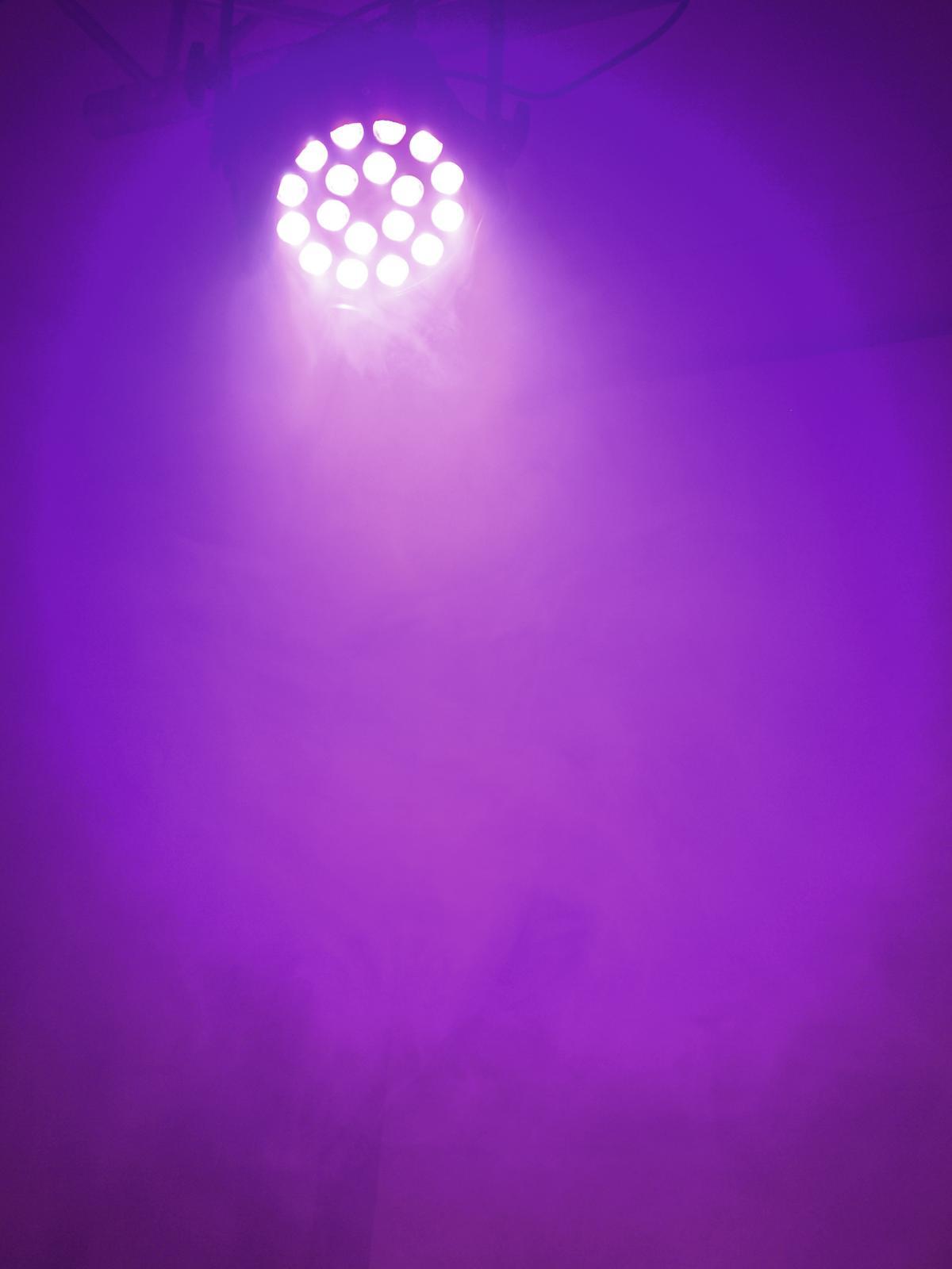 EUROLITE LED ML-56 QLC RGBW/RGBA 18x8W si