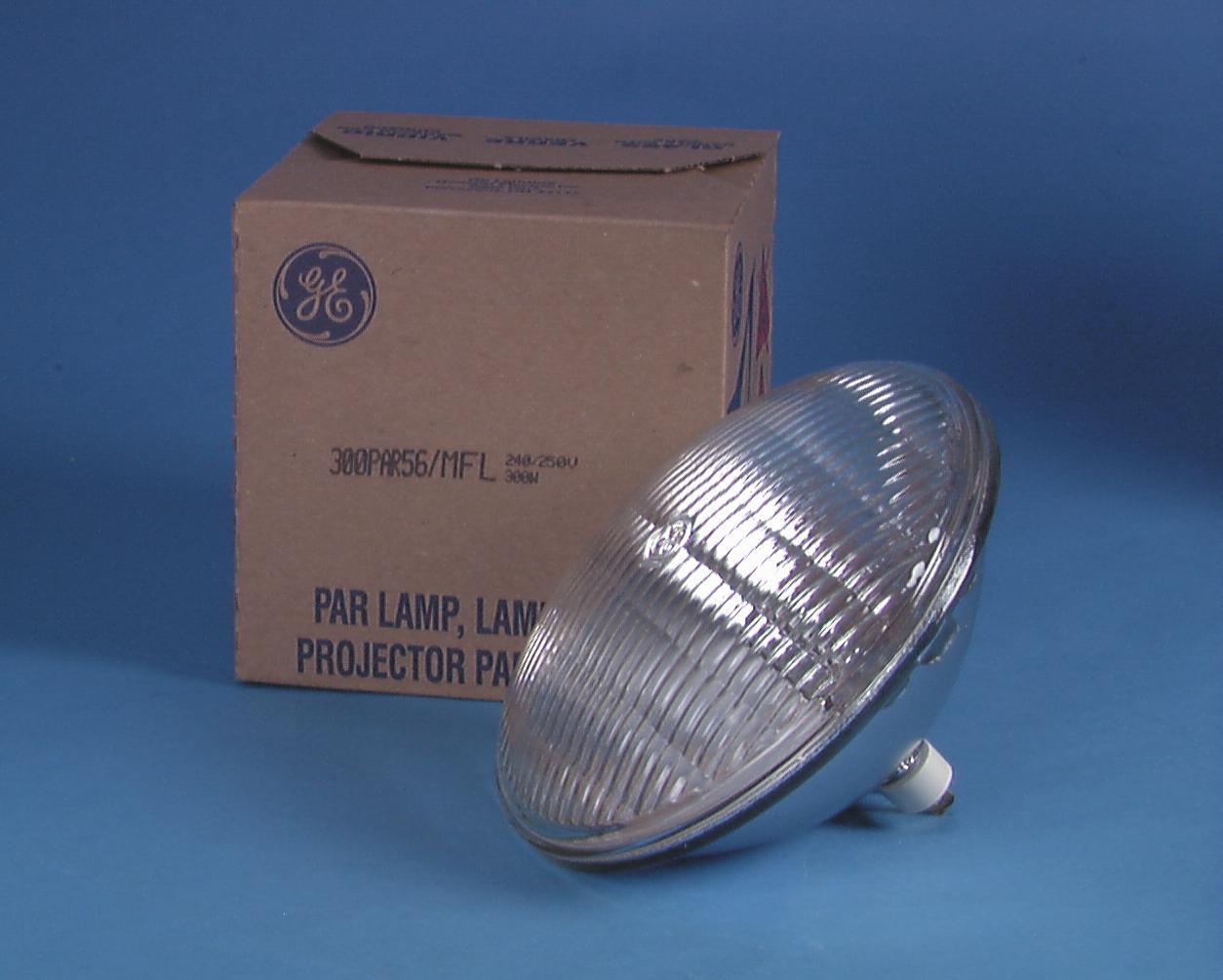 Lamp Headlight for PAR-56 GE PAR-56 240V/300W WFL GX16d 2000h 2750 K