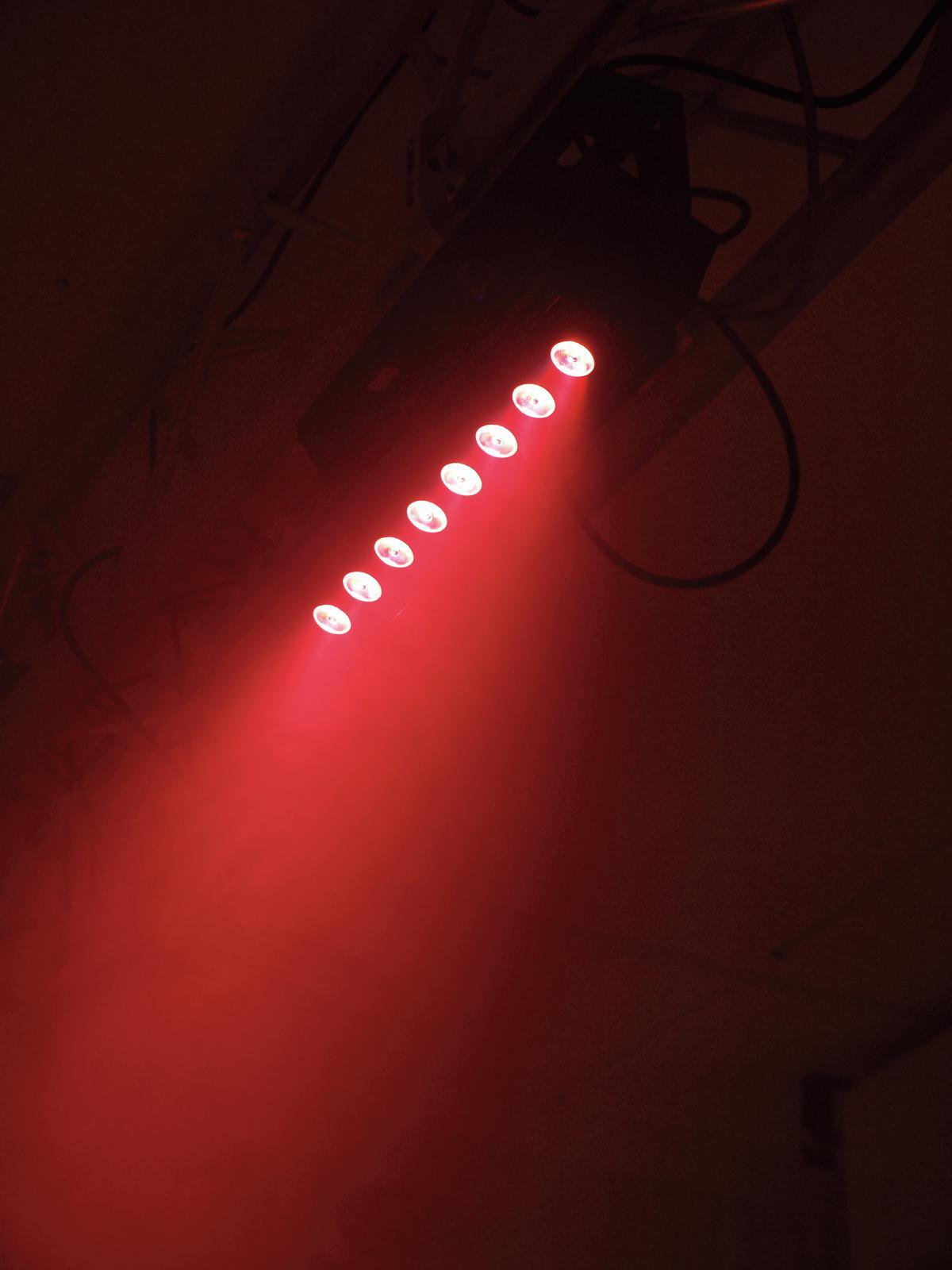 EUROLITE LED PIX-8 QLC Bar