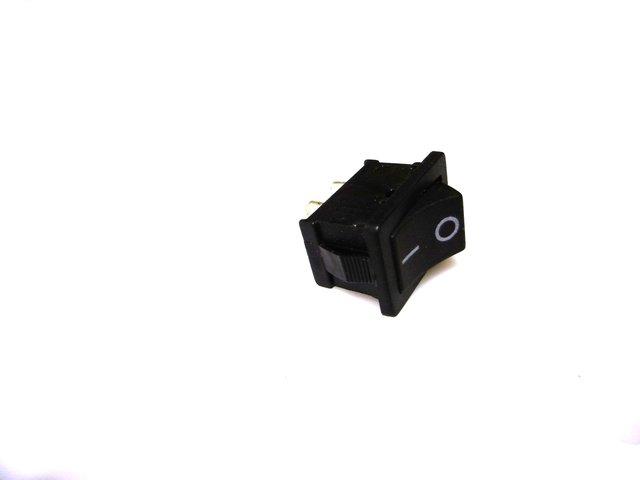 mpne3503332-schalter-on-off-mini-4b-2-pin-250v-3a-MainBild