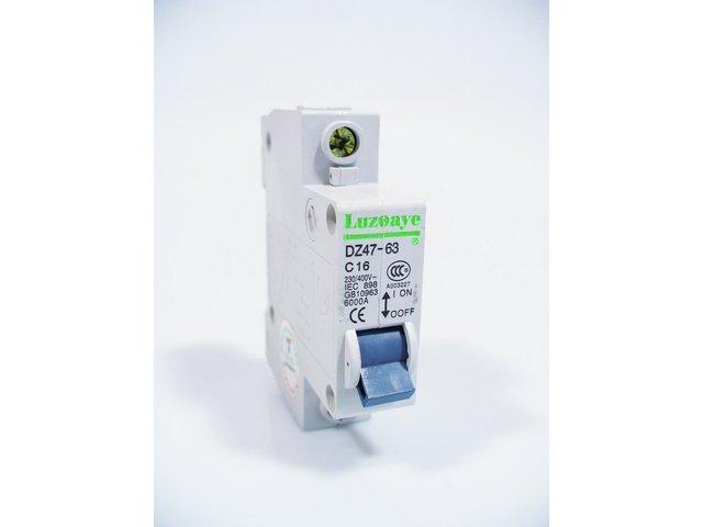 mpne2011652-sicherungsautomat-16a-c16-1-pol-luzoaye-MainBild