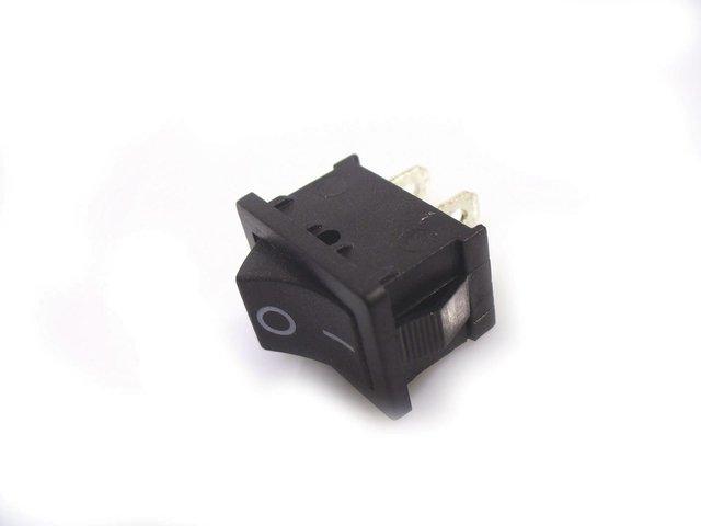 mpne3129524-futurelight-schalter-on-off-3a-klein-schwarz-2-pin-MainBild