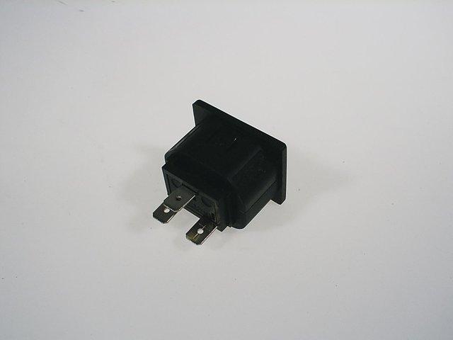 mpne3037812-buchse-fuer-board-6-8-10-12-iec-MainBild