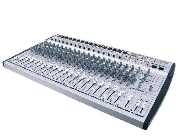 mpn10040175-omnitronic-rs-2422-recording-mixer-MainBild