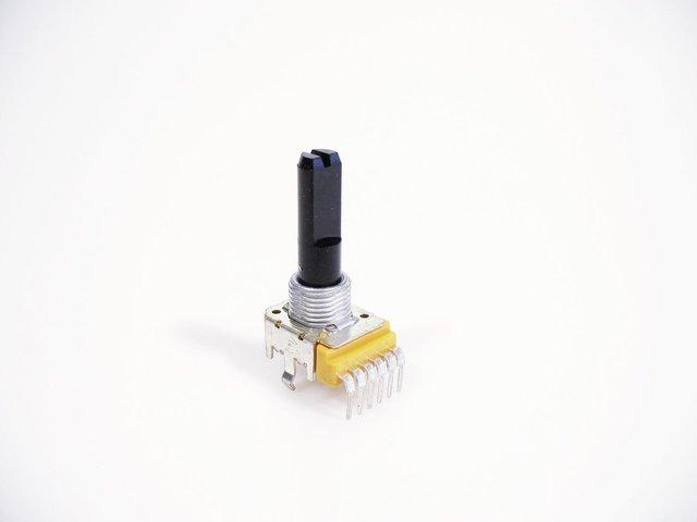 mpne0050764-poti-ca103-2x-10kohm-6-pin-ls-622a-MainBild