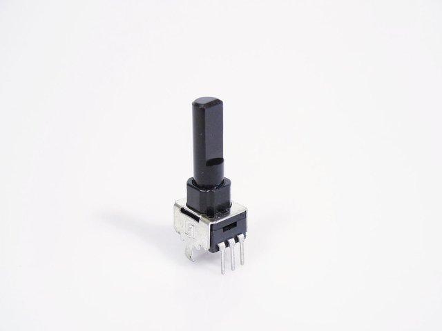 mpne0050768-poti-c203-20kohm-3-pin-ls-622a-MainBild