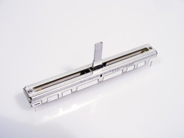 mpne0050773-fader-a103-10kax2-60mm-ls-622-MainBild