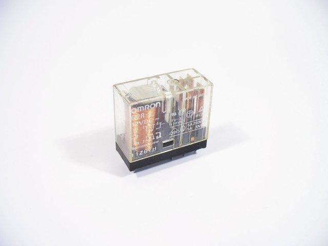 mpne0050786-relais-12vdc-2x5a-omron-fuer-ls-622a-MainBild