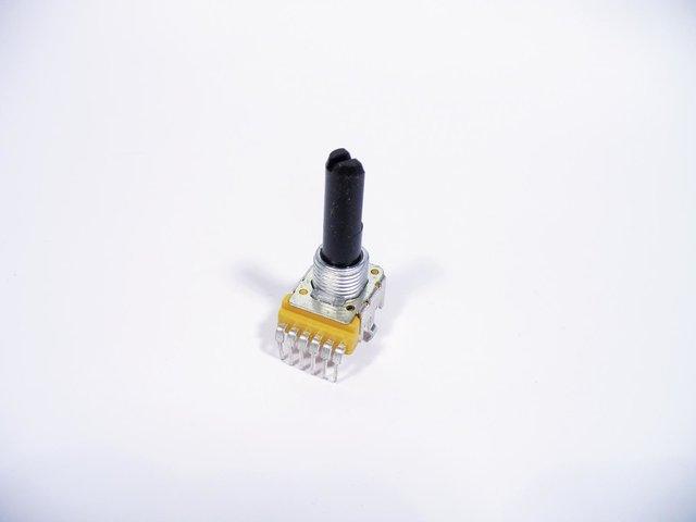 mpne0050788-poti-b203-2x-20kohm-6-pin-ls-622a-MainBild