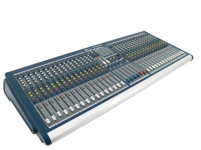 mpn10060375-omnitronic-cfl-3242-live-mixer-MainBild