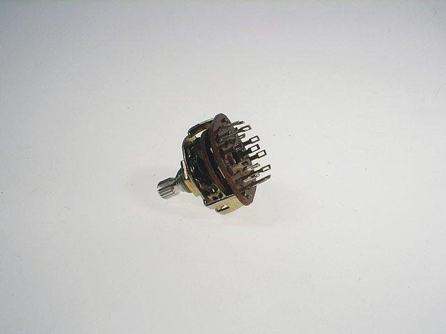 mpne3070151-eurolite-schalter-delay-strobcontroller-dreh-MainBild